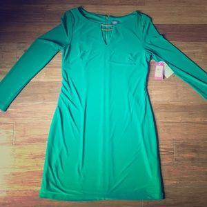 Vince Camuto green shift dress